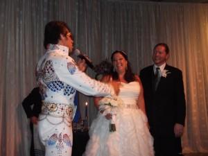 Elvis serenades!