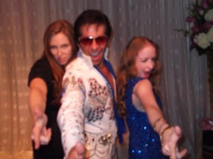 Don't Be Cruel, Elvis