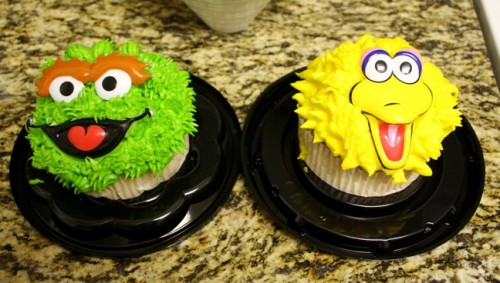 New Dress a Day - DIY - Sesame Street Cupcakes - 176