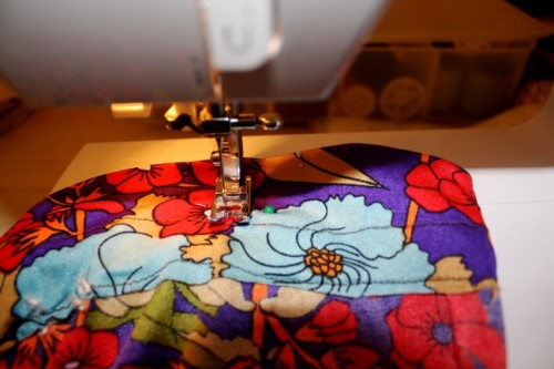 New Dress a Day - DIY - Vintage Dress - Process - Sewing Machine - 172