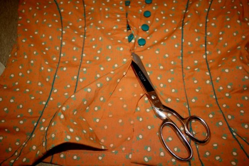 NewDressADay - DIY - Vintage Dress - Marc Jacobs Lookalike - Cutting - Day 177