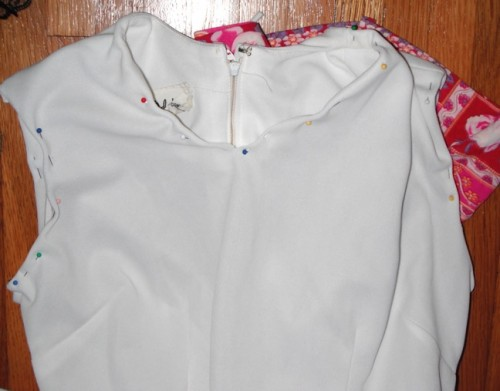 New Dress A Day - DIY - Vintage Dress - Pins - 114