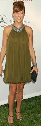 New-Dress-A-Day-Kate-Walsh-Monique-Lhuillier-bubble-dress.png