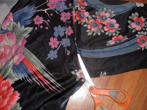 New Dress A Day - VIntage Dress - DIY - Sleeve Cutting - 128