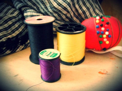 New Dress a Day - DIY - Vintage Dress - Thread Options - 141