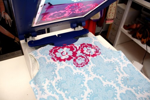 New Dress A Day - DIY - Vintage Dress - Screen Printed Flower - 110
