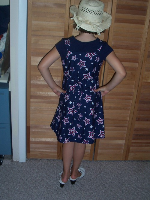 New Dress A Day - DIY - Vintage Dress - Connie & Molly - After - 94