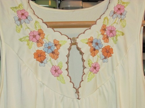 New Dress A Day - DIY - Vintage Nightgown - Embroidery ECU