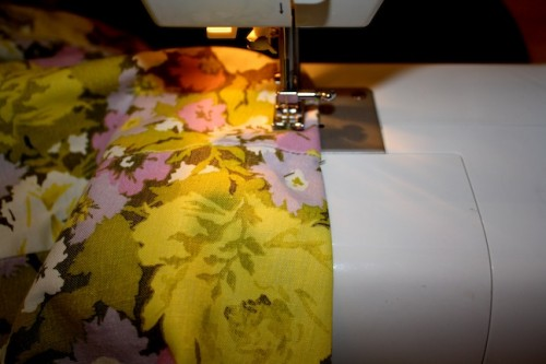 New Dress A Day - DIY - Vintage Dress - Sewing Machine - 58