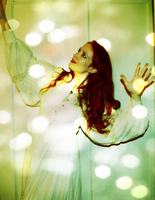 New Dress A Day - DIY Halloween - Florence Welch - Lights