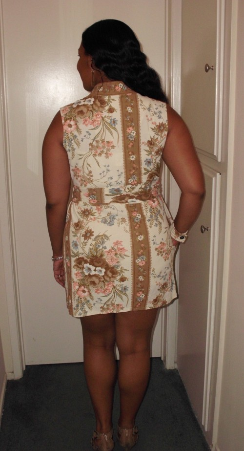 New Dress A Day - DIY - Muumuu - New Back