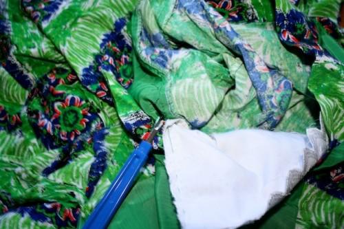 New Dress A Day - DIY - Vintage Dress - Hanky Removal