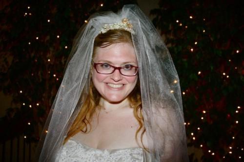 New Dress A Day - DIY - Vintage Dress - Wedding Dress - DIY Veil