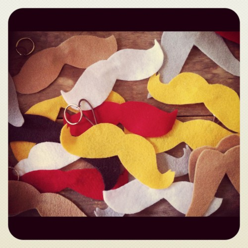New Dress A Day - DIY - Mounds of Mustaches!