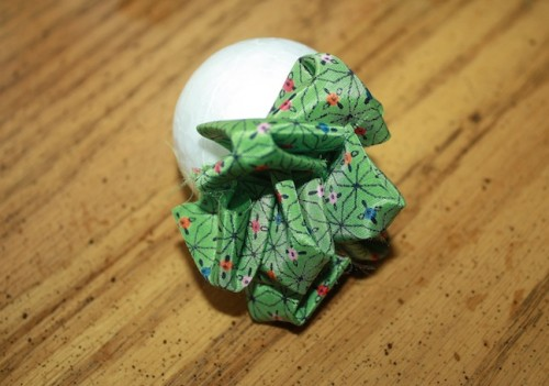 New Dress A Day - DIY Holiday Ornament - Supplies