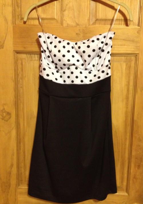 New Dress A Day - DIY - Pay Half dress - black & white polkadots