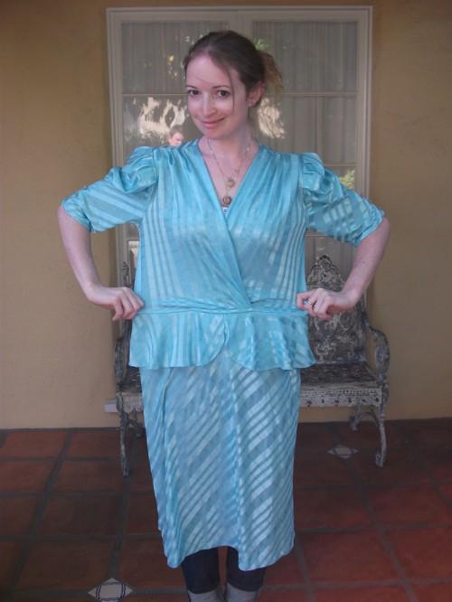 New Dress A Day - DIY - Vintage Dress - Goodwill - $1 Dress