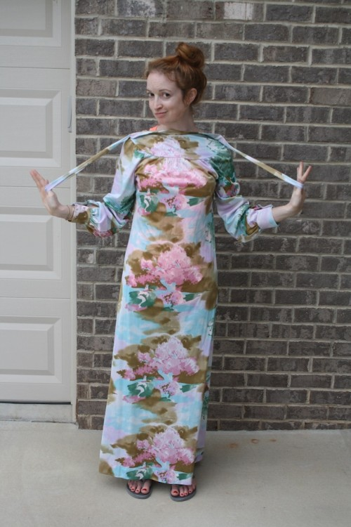 New Dress A Day - DIY - Vintage Muumuu - Thrift Store Shopping