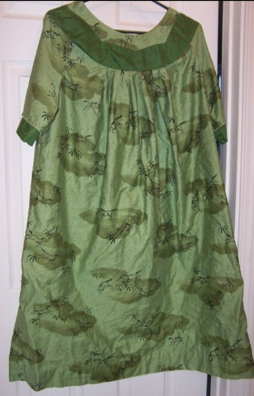 New Dress A Day - Vintage Housedress - Goodwill