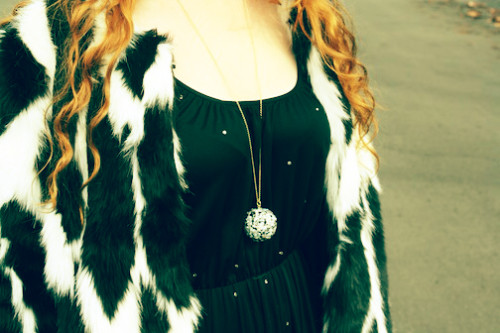 New Dress A Day - vintage 70s dress-- American Hustle Costumes - DIY Swarovski Disco Ball Necklace