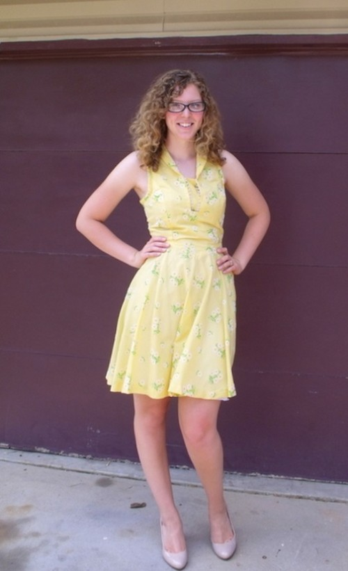 New Dress A Day - DIY - how to sew a dress - vintage theater costume - sundress