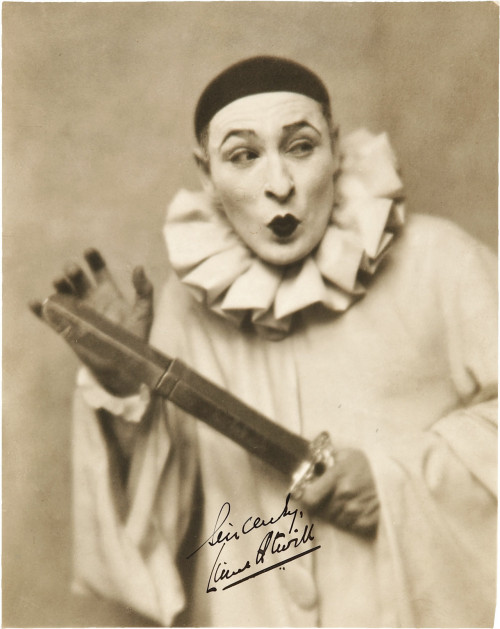 Vintage_Clown_by_MementoMori_stock