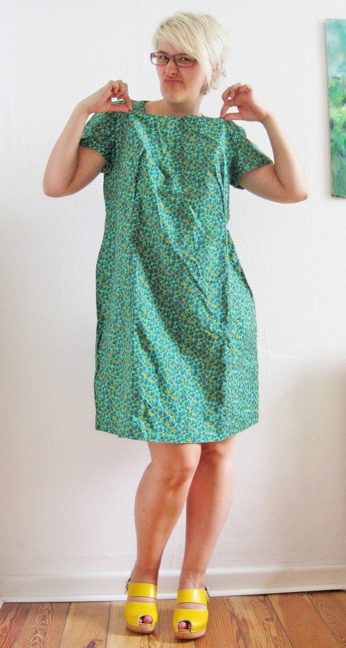 New Dress A Day - vintage outdated dress