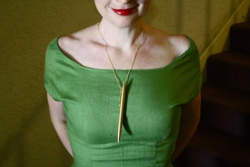 Mad Men - Joan's pen necklace DIY