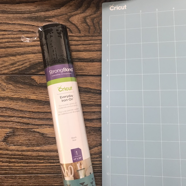Joann - CRICUT - Vinyl and Pad.JPG