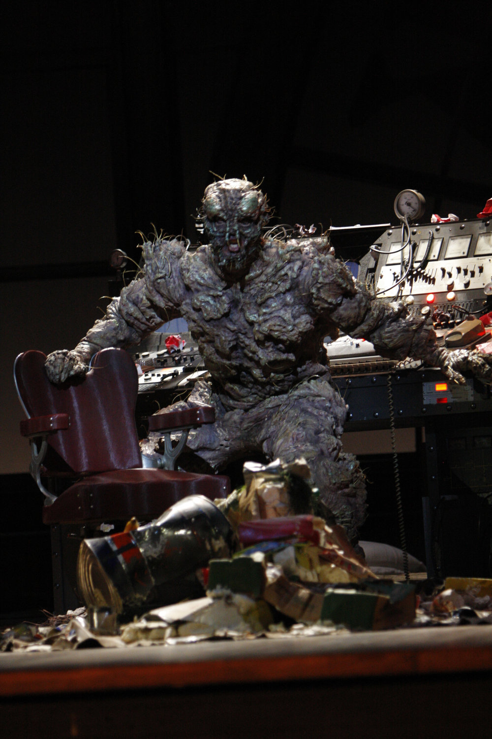 Daniel Okulitch as Seth Brundle in The Fly. Photo by Robert Millard for the Los Angeles Opera, 2008