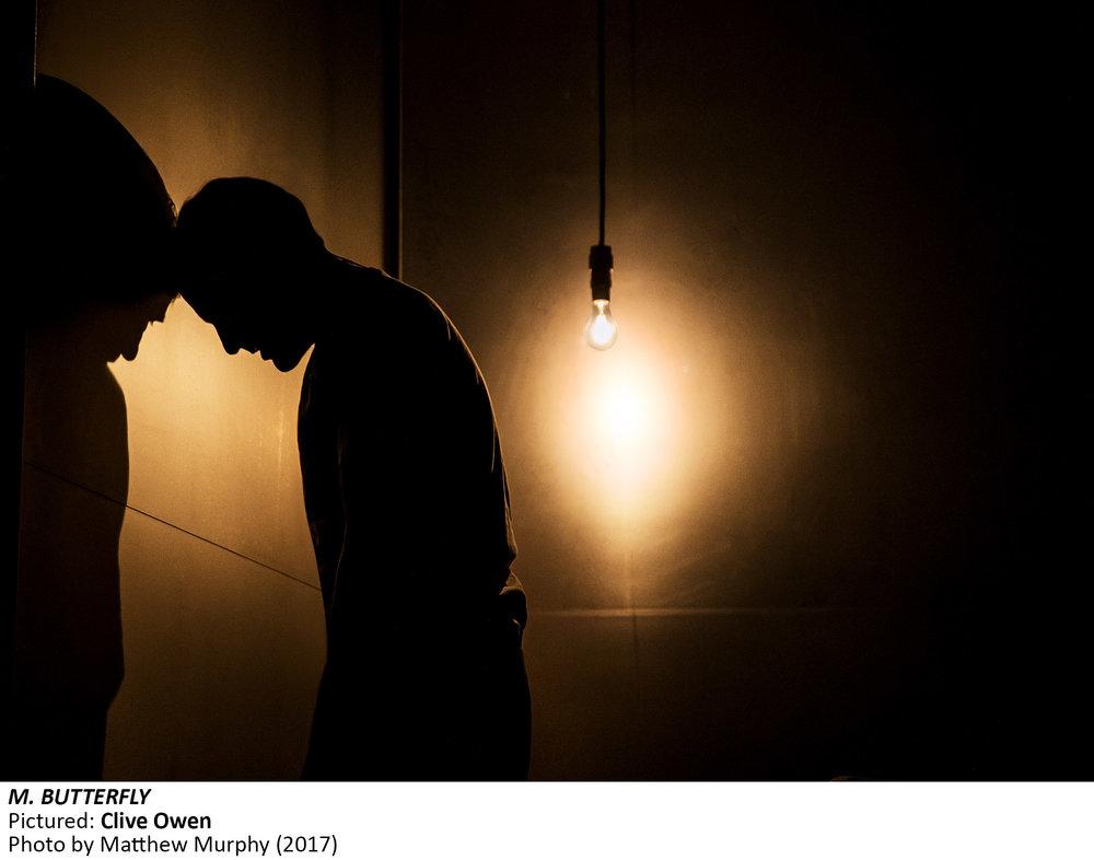 [0016]_Clive Owen in M. BUTTERFLY. Photo by Matthew Murphy, 2017.jpg