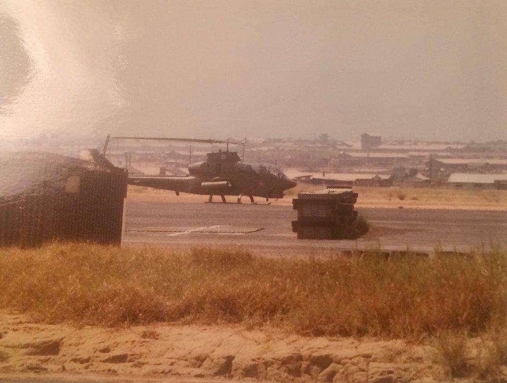 vietnam war helecopter