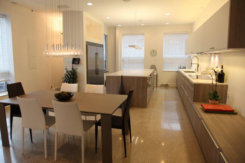 1110_kitchen_1.JPG