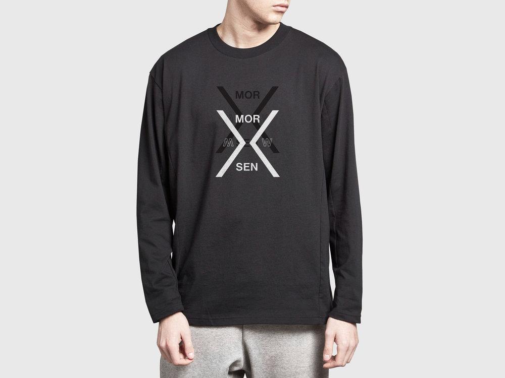 3D_sweatshirt_3500w.jpg