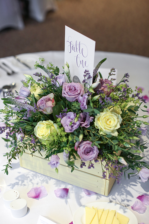 'Understated Elegance' table number or name cards