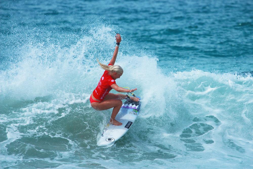 AOS 2017 Womens Surf