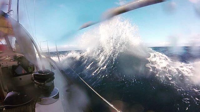 Se, bølgen! #fjernefarvannno