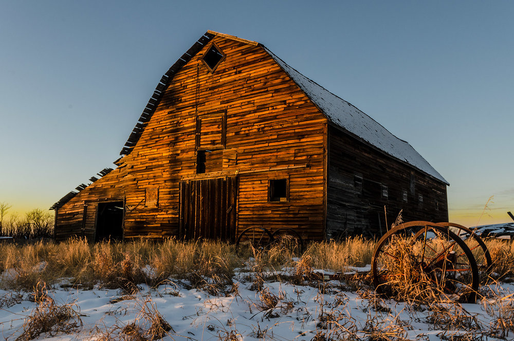 golden_hour_barn_-web.jpg