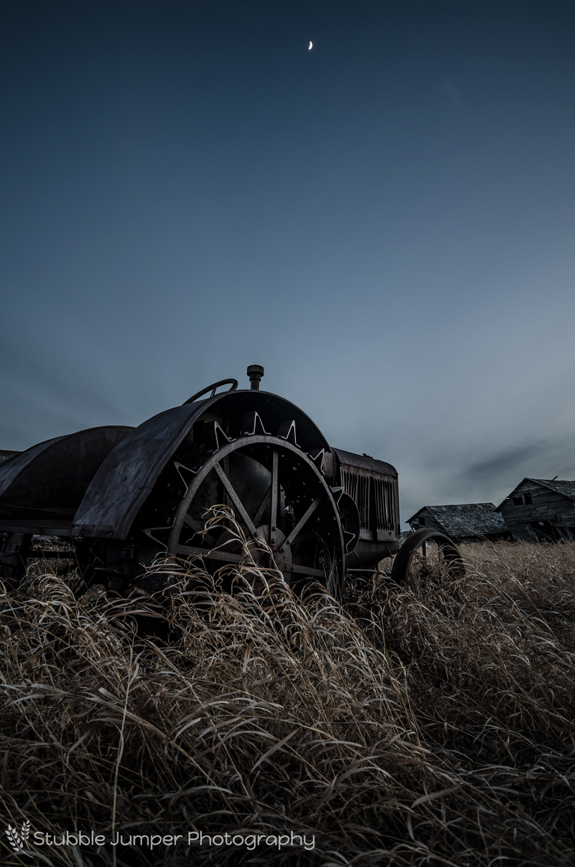 day_moon_tractor_web.jpg