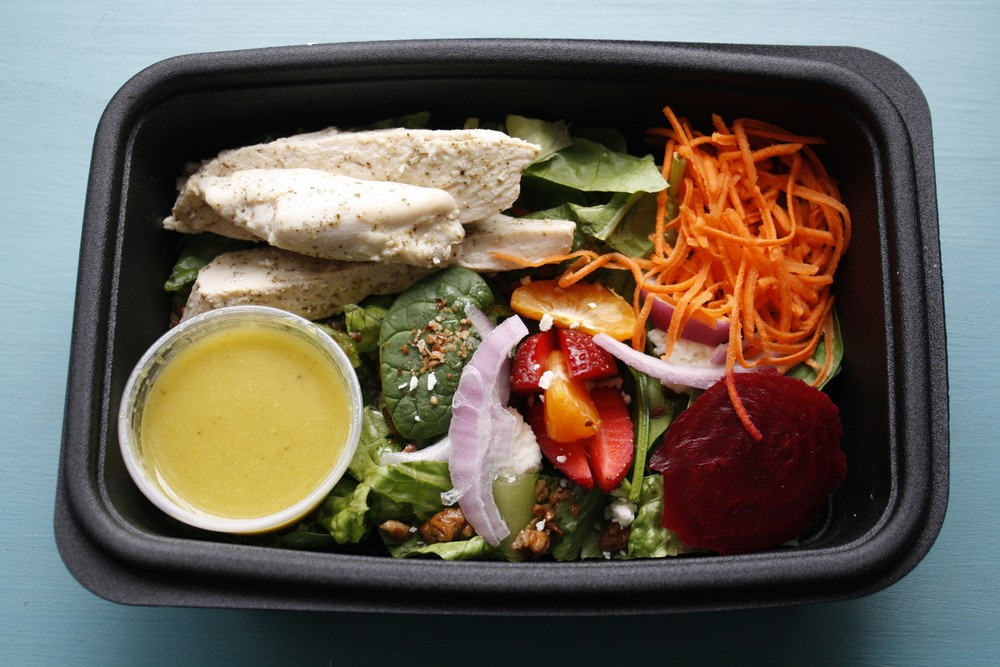 Spinach Salad with Poached Chicken, Beets, Strawberries, Tangerines, Carrots, and a Lemon Spinach Vinaigrette