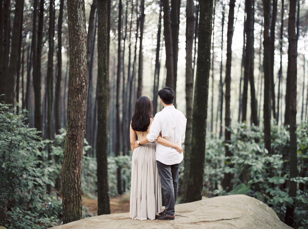 38-nature-outdoor-forest-prewedding-jakarta.jpg