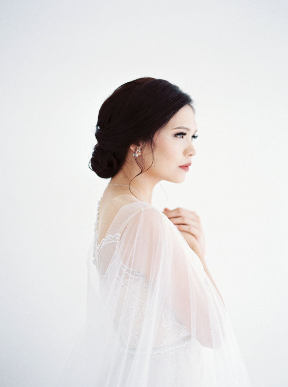 happy-ethereal bridal portrait-studio june-bramanta wijaya-mila wijaya-1.jpg