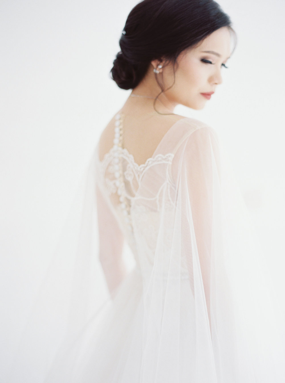 happy-ethereal bridal portrait-studio june-bramanta wijaya-mila wijaya-9.jpg
