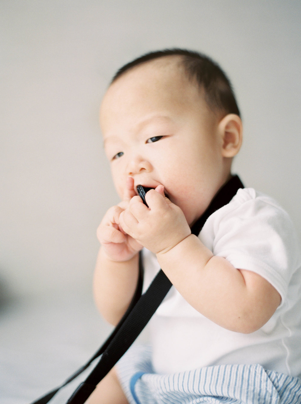 Cody-At Home-Simple-Baby Photography-8 Months Old-Studio June-Film Photography-Jakarta-18.jpg