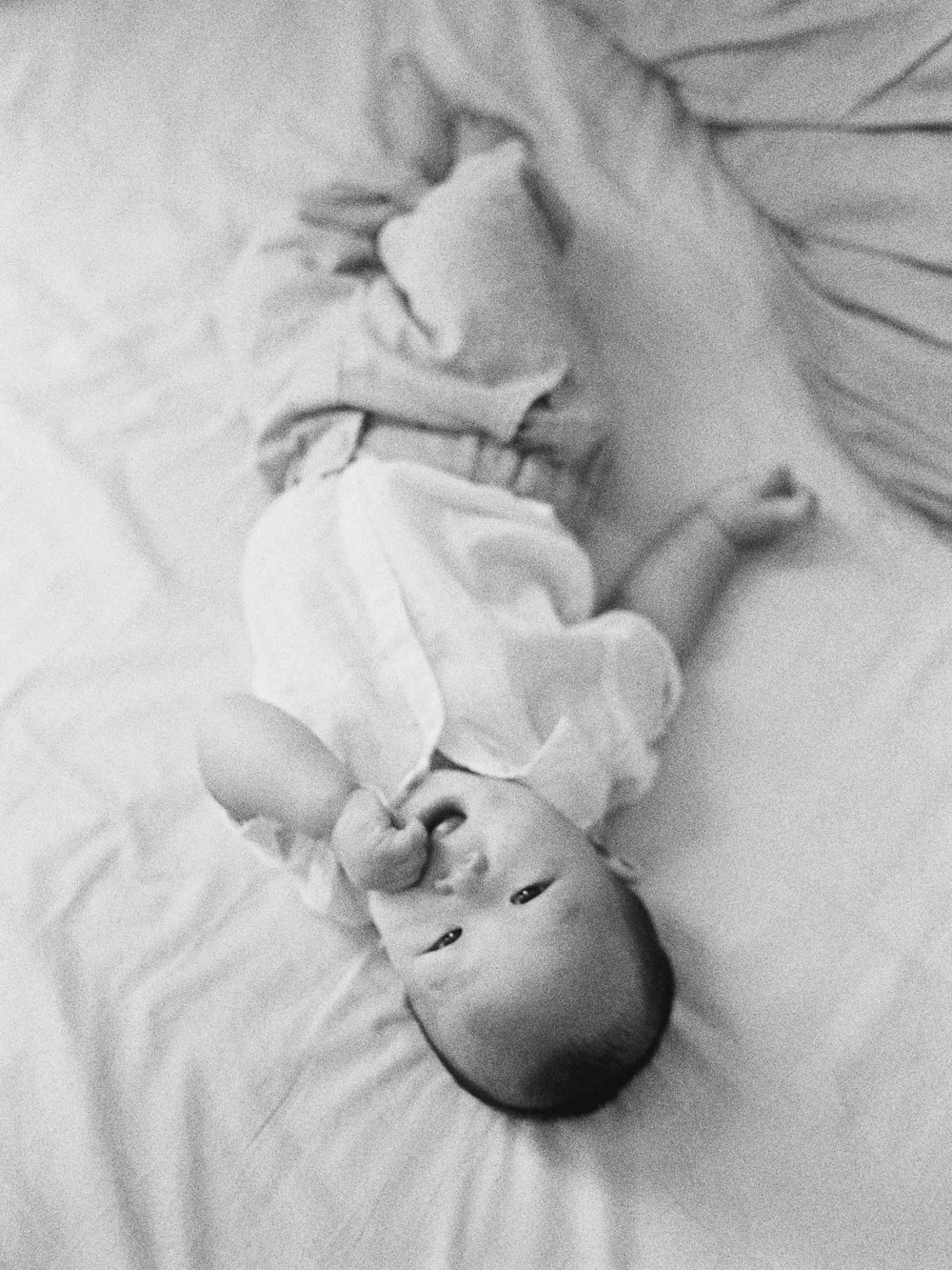 Cody-At Home-Simple-Baby Photography-8 Months Old-Studio June-Film Photography-Jakarta-34.jpg