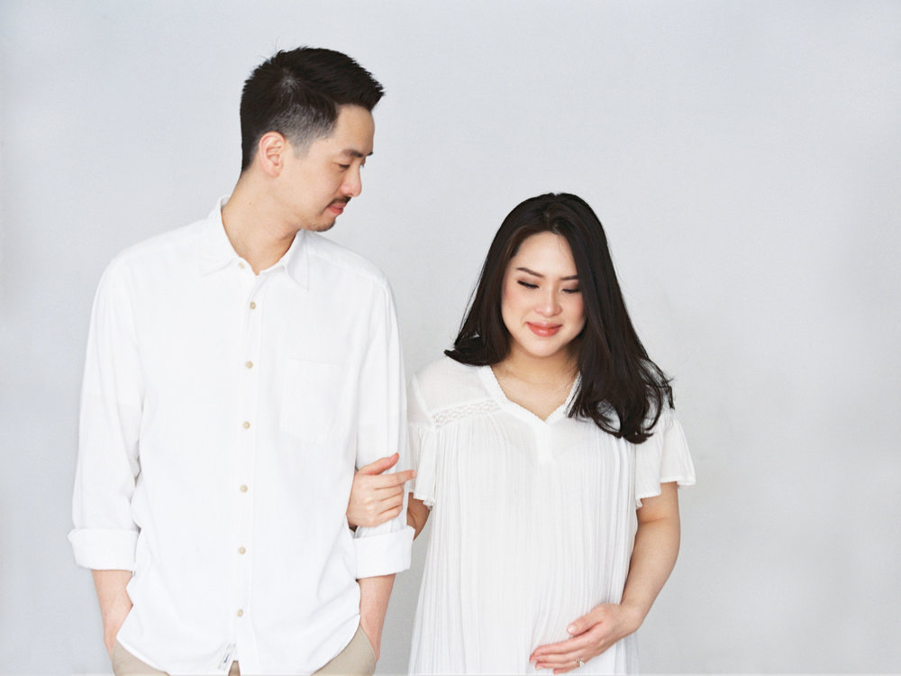Gaby and Tim-Relaxed-Airy-Simple-Maternity Portrait Photoshoot-At Home-Jakarta-Studio June-Film Photography & Styling-25.jpg