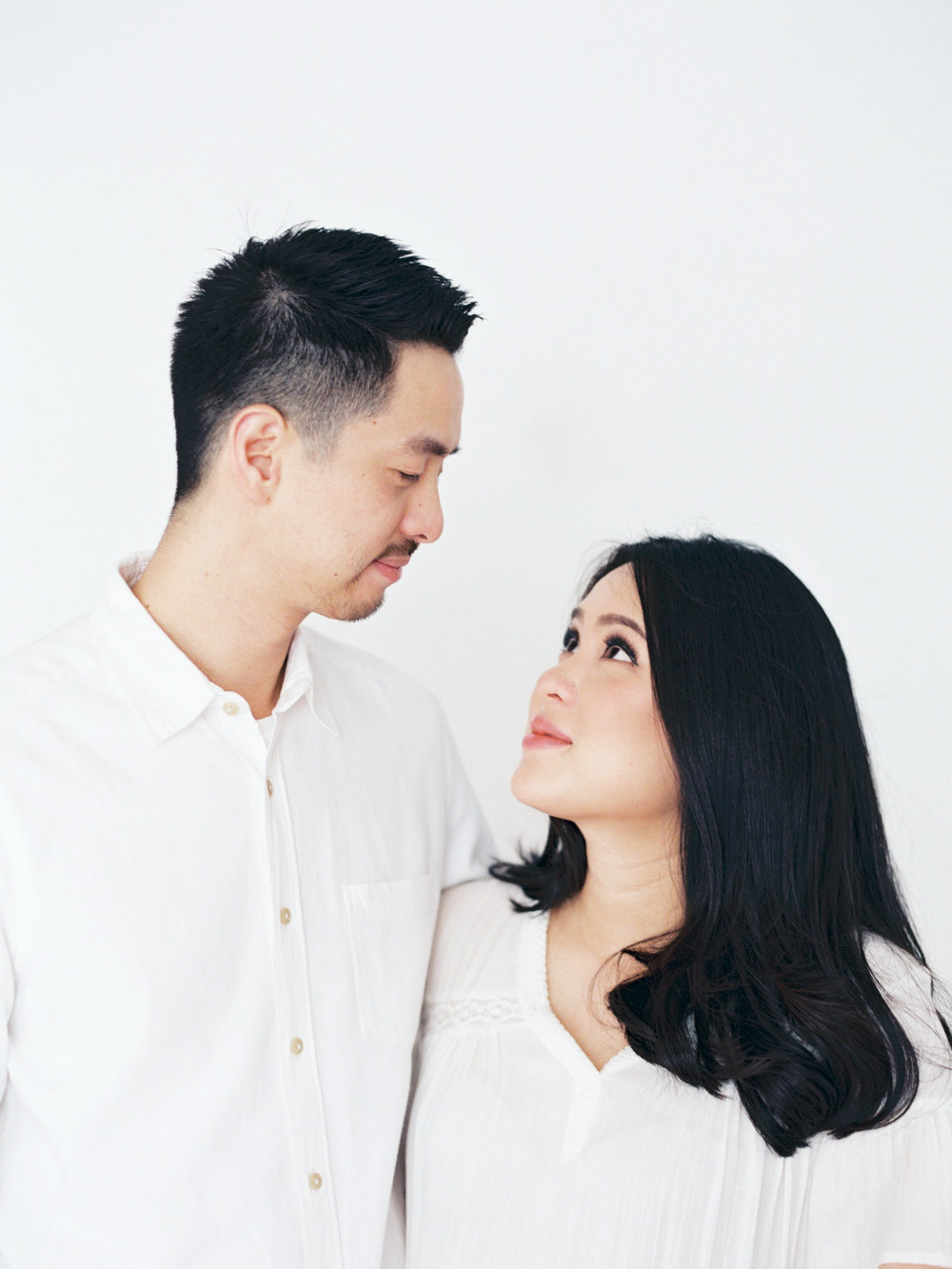 Gaby and Tim-Relaxed-Airy-Simple-Maternity Portrait Photoshoot-At Home-Jakarta-Studio June-Film Photography & Styling-32.jpg