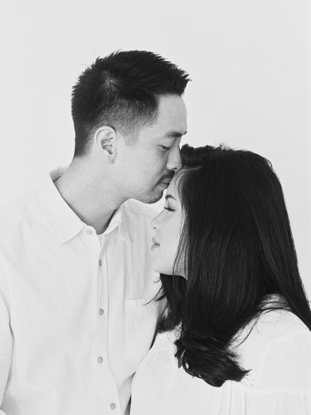 Gaby and Tim-Relaxed-Airy-Simple-Maternity Portrait Photoshoot-At Home-Jakarta-Studio June-Film Photography & Styling-40.jpg
