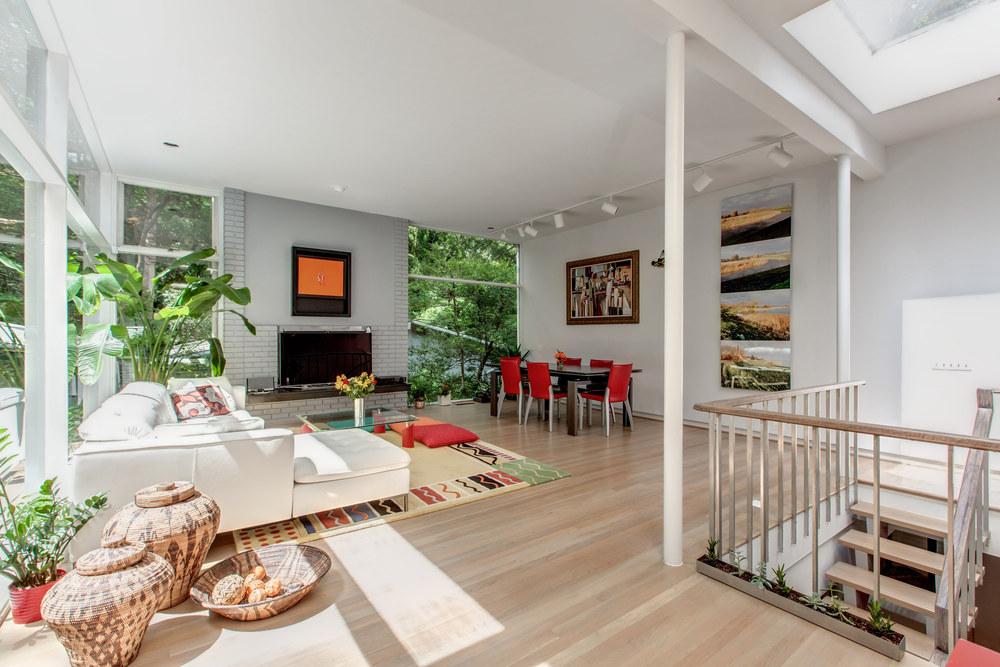 bauhaus-style-home-washington-dc-for-sale-02.jpg