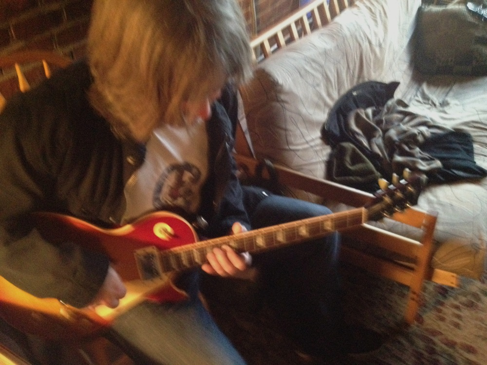 tom guitar.jpg